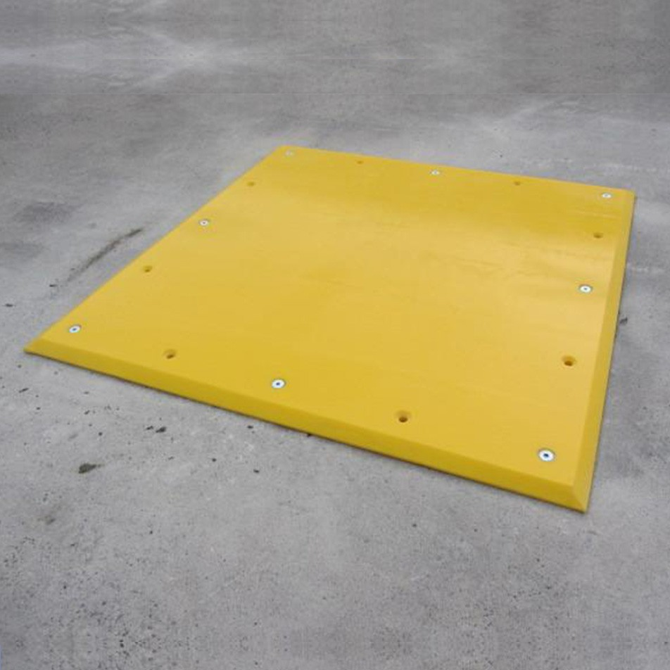 UHMWP Trailer Plate 1000L x 1000W x 20H